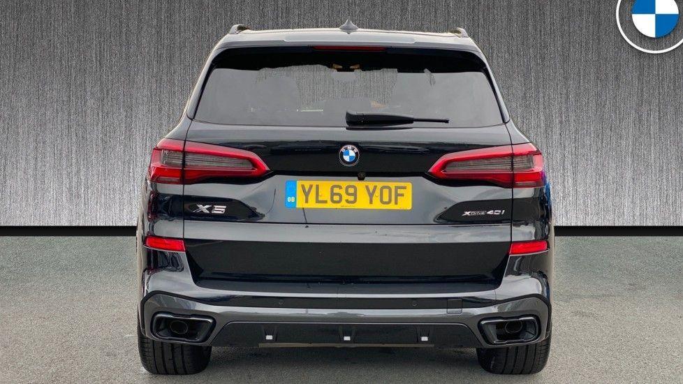 Image 15 - BMW xDrive40i M Sport (YL69YOF)