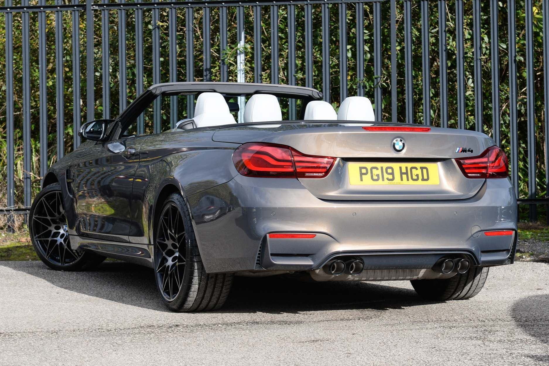 Image 2 - BMW Convertible Competition Package (PG19HGD)