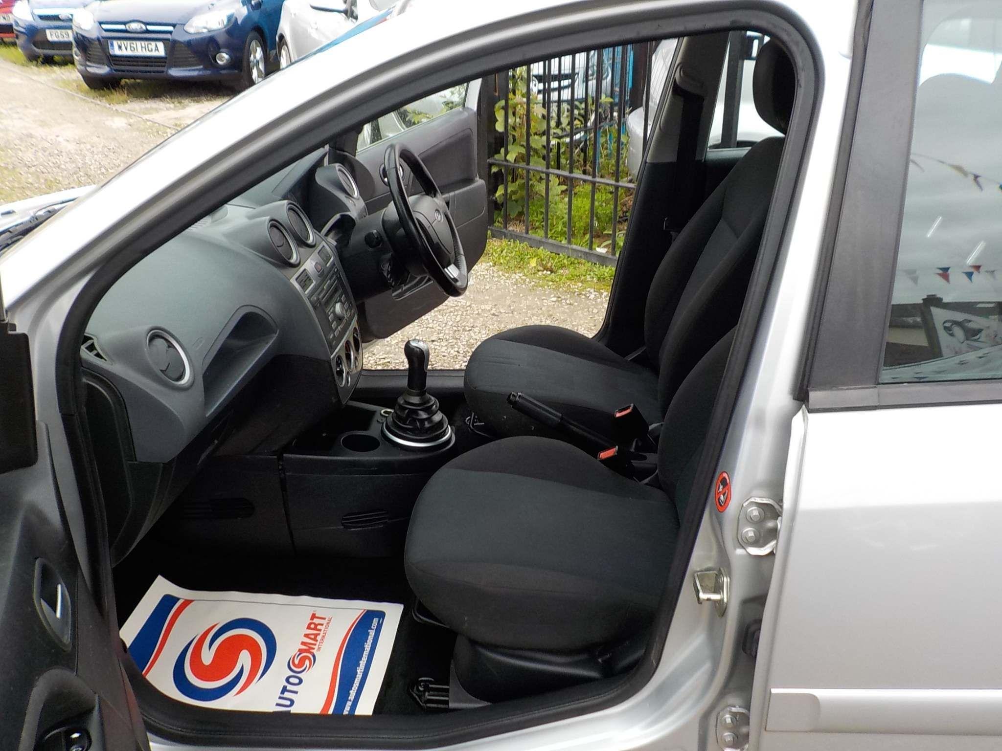 Ford Fiesta 1.4 TD Zetec Climate 5dr