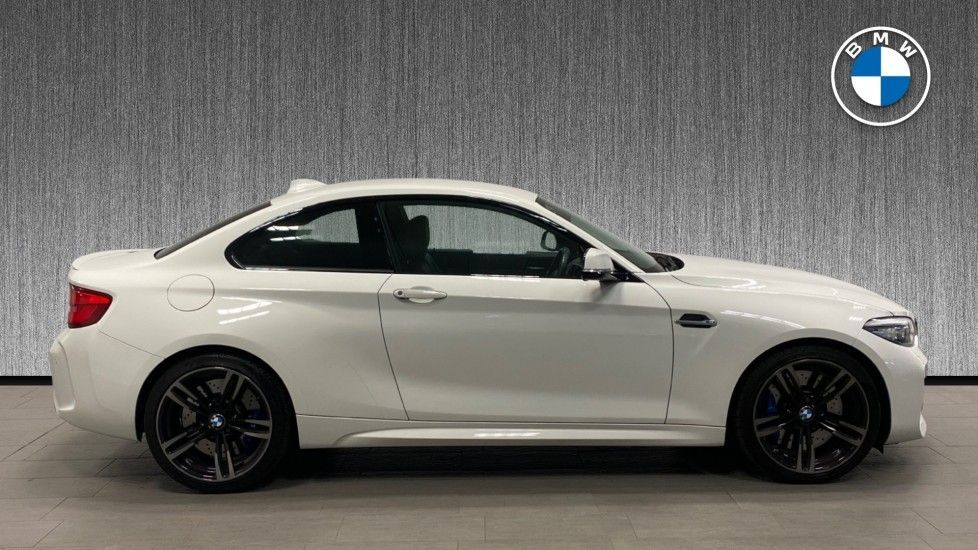 Image 3 - BMW Coupe (NL18XEC)