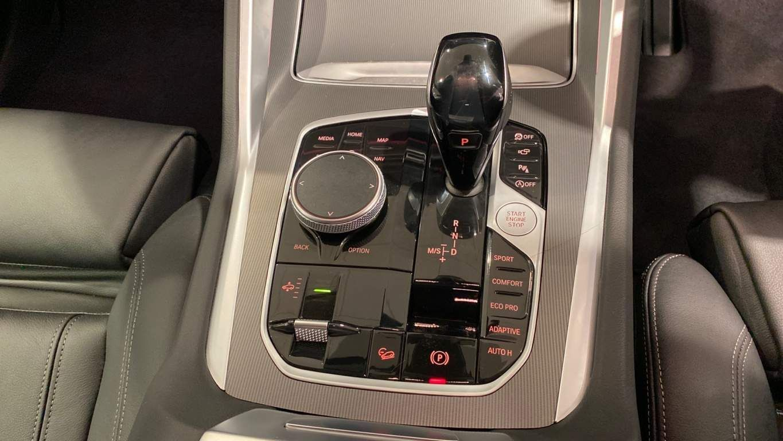Image 6 - BMW 3.0 30d Sport Auto xDrive (s/s) 5dr (DA20UTG)