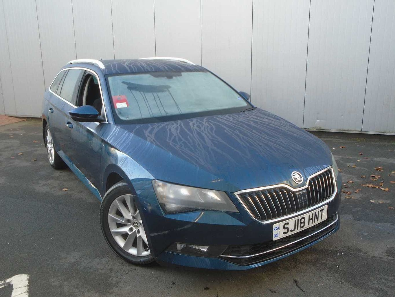 ŠKODA Superb 1.6 TDI (120ps) SE 5-Dr Estate