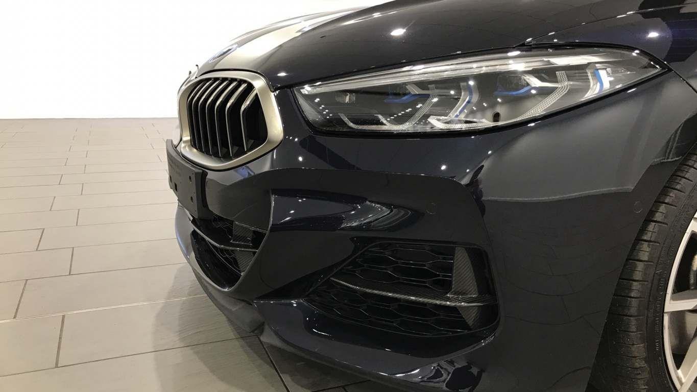 Image 19 - BMW M850i xDrive Convertible (YC69FNL)