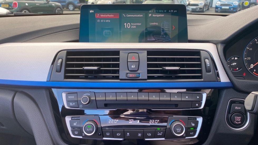 Image 8 - BMW 435d xDrive M Sport Convertible (CX20VWF)