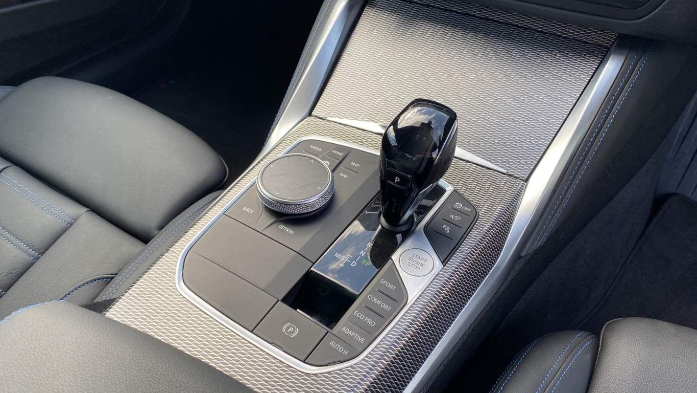 Image 10 - BMW 420d M Sport Coupe (YG70GCO)
