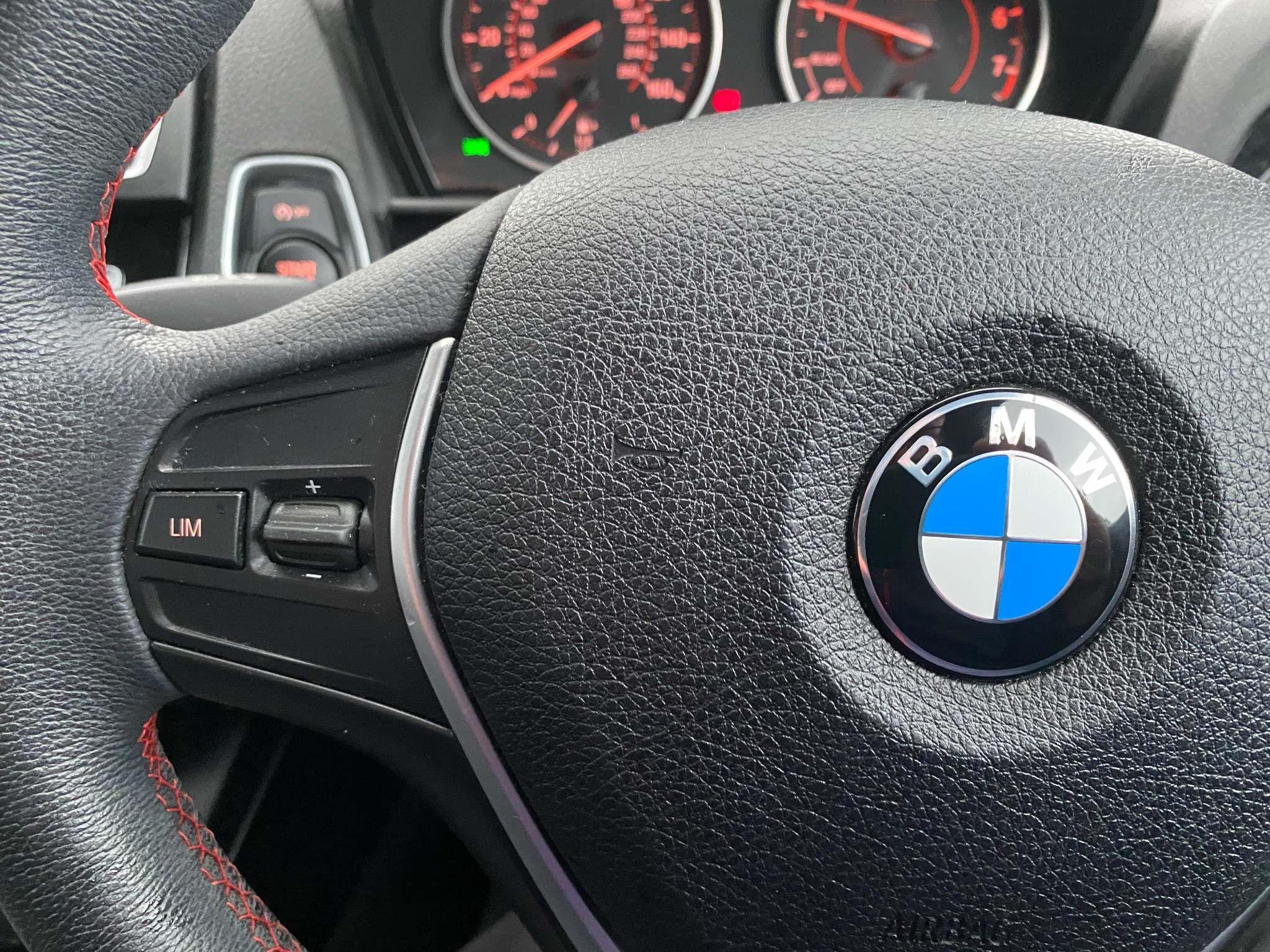 Image 15 - BMW 118i Sport 5-Door (MC66VGP)