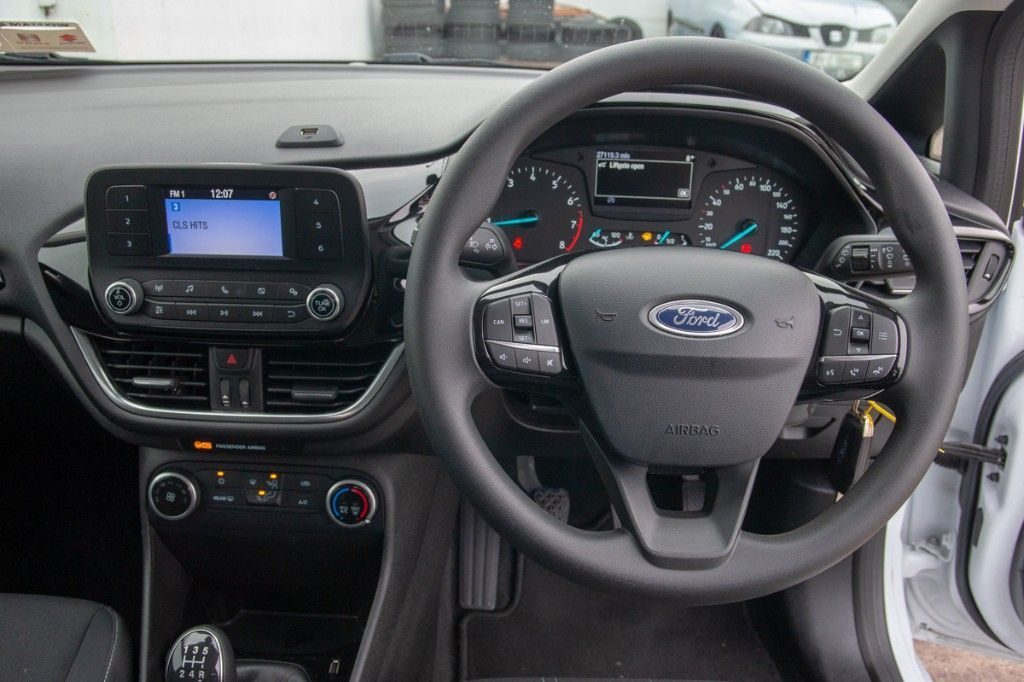 Used Ford Fiesta 1.1 70PS 5M 4DR ZETEC (2018 (182))