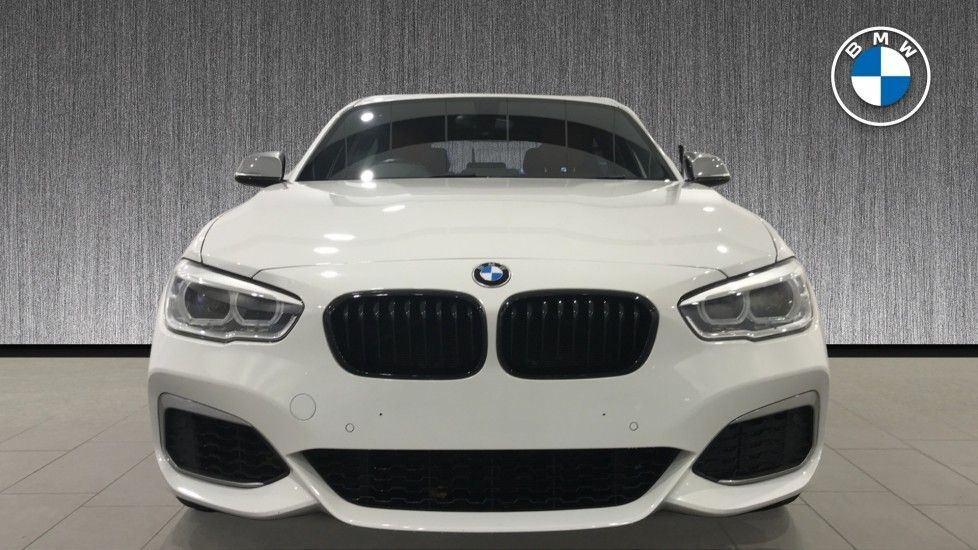 Image 16 - BMW M140i 5-door (DC17WCD)