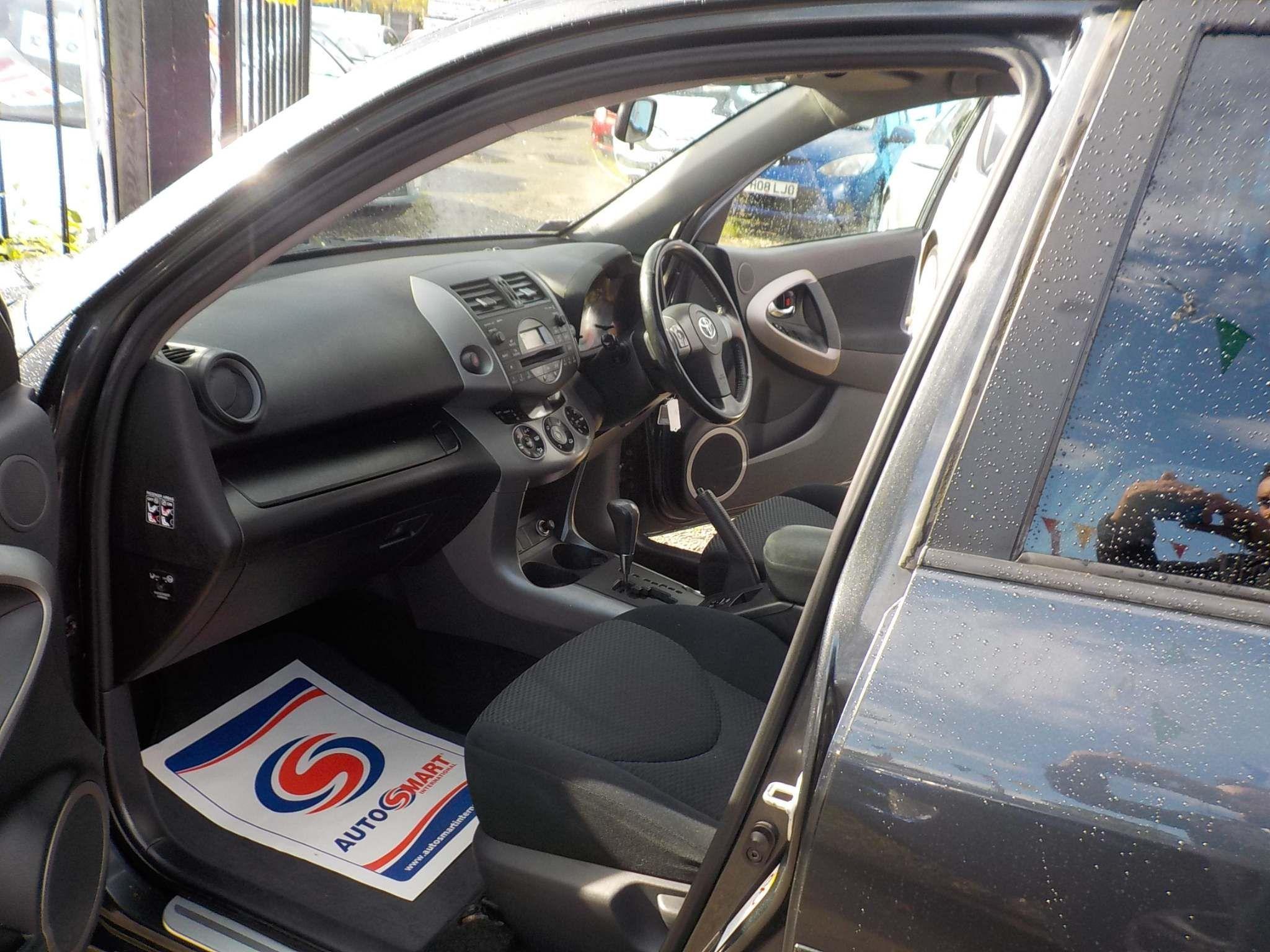 Toyota RAV4 2.0 XT-R 4WD 5dr