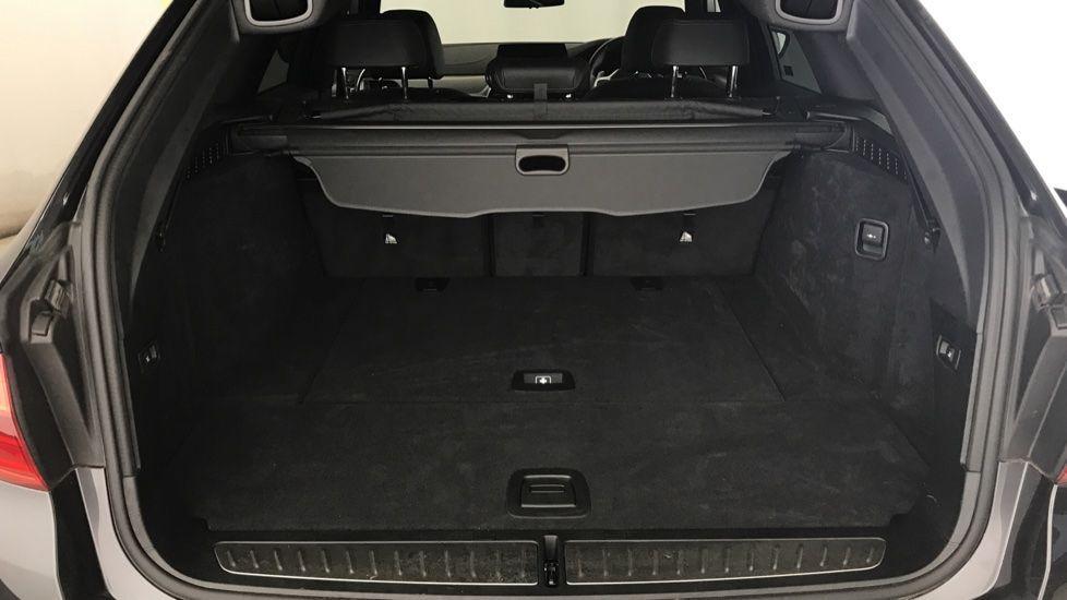 Image 13 - BMW 520d M Sport Touring (YL69UCE)