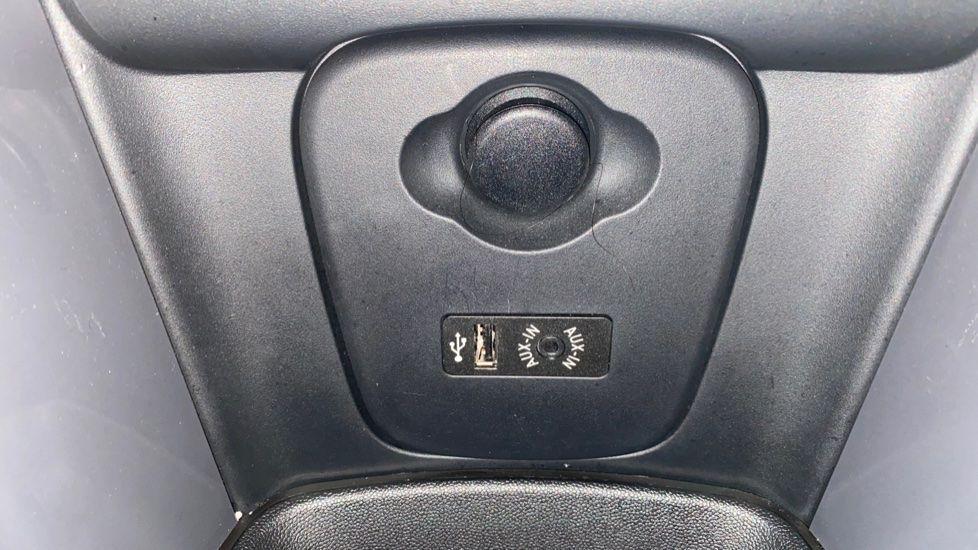 Image 21 - MINI Hatch (DA17UDV)