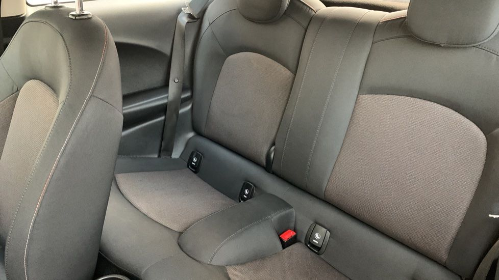 Image 12 - MINI Hatch (CX18SWF)