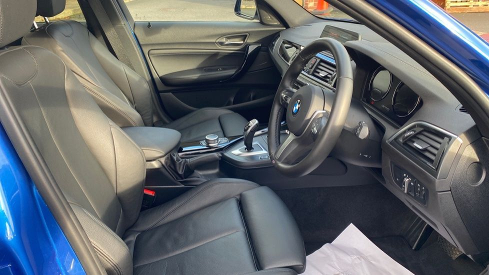 Image 11 - BMW M140i Shadow Edition 5-door (ME19OLM)