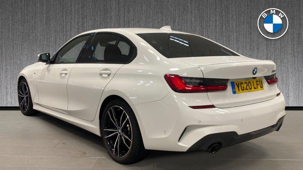 Image 2 - BMW 320i M Sport Saloon (YG20LFU)