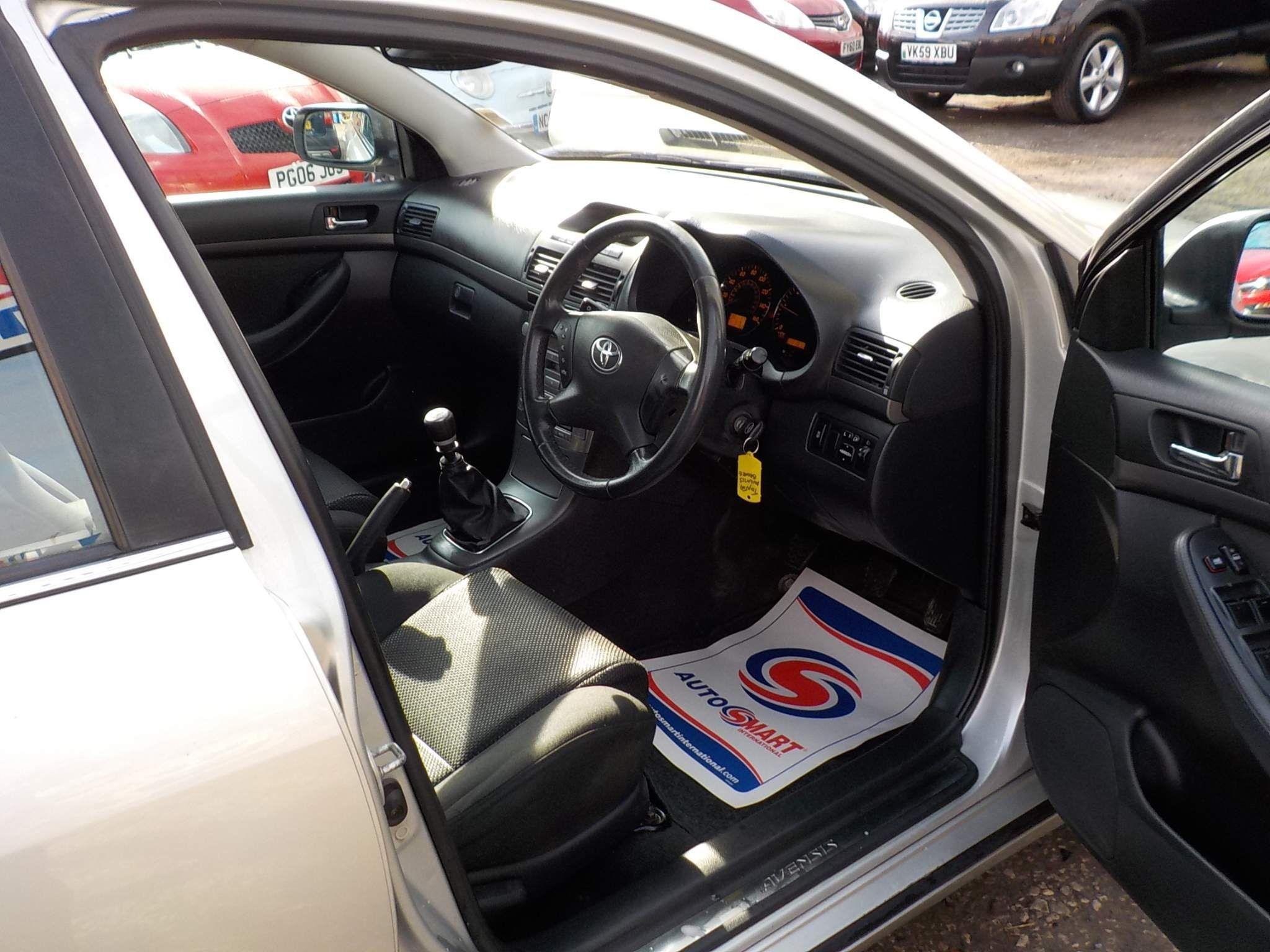 Toyota Avensis 2.2 D-4D T4 4dr