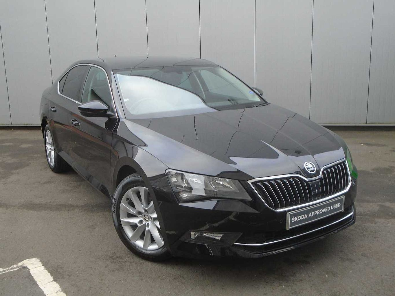 ŠKODA Superb 1.5 TSI (150ps) SE Technology ACT Hatchback
