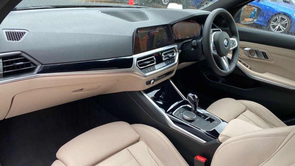 Image 6 - BMW 320d M Sport Pro Edition Saloon (MA20HPF)
