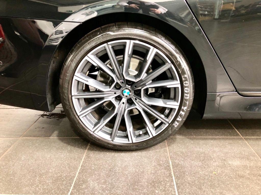 Used BMW 7 Series M Sport 730d Saloon  Low Mileage (265bhp) (2017 (171))