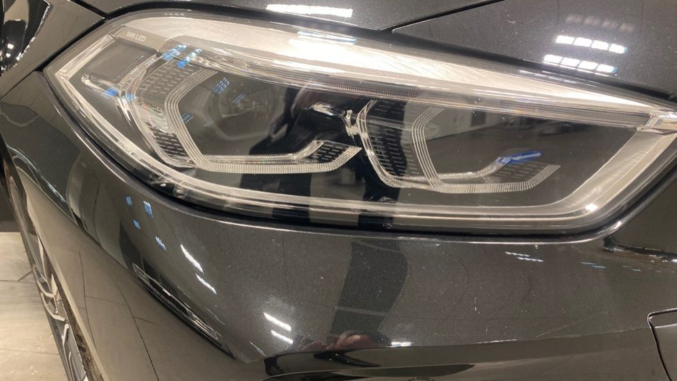 Image 21 - BMW 118i M Sport (YK69JDM)
