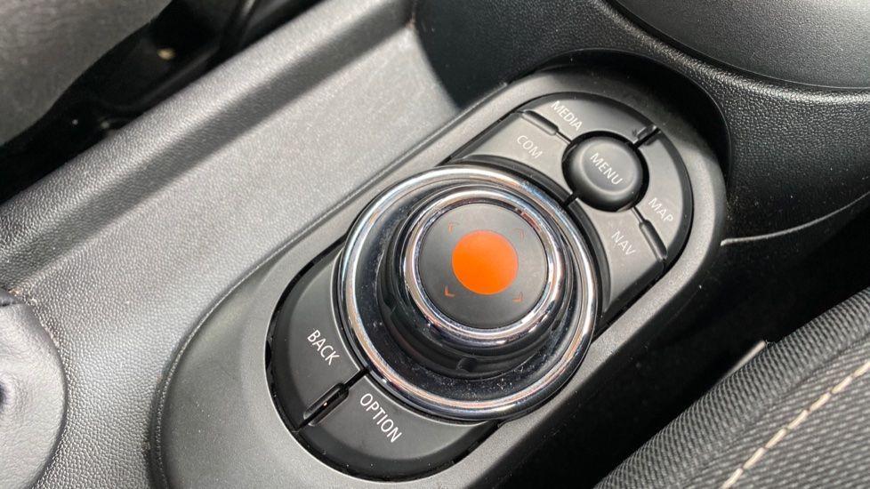 Image 19 - MINI Hatch (MX69WTM)