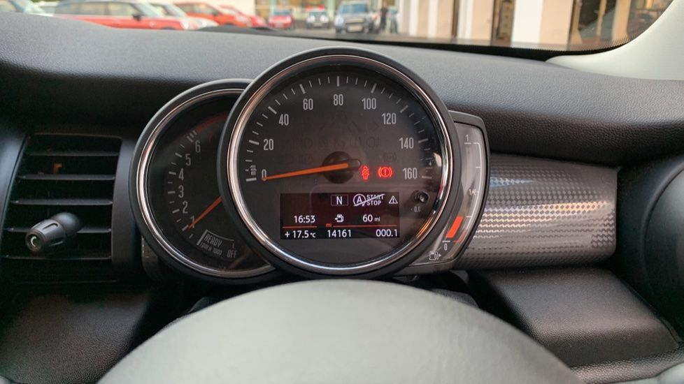 Image 9 - MINI Hatch (CX18SWF)