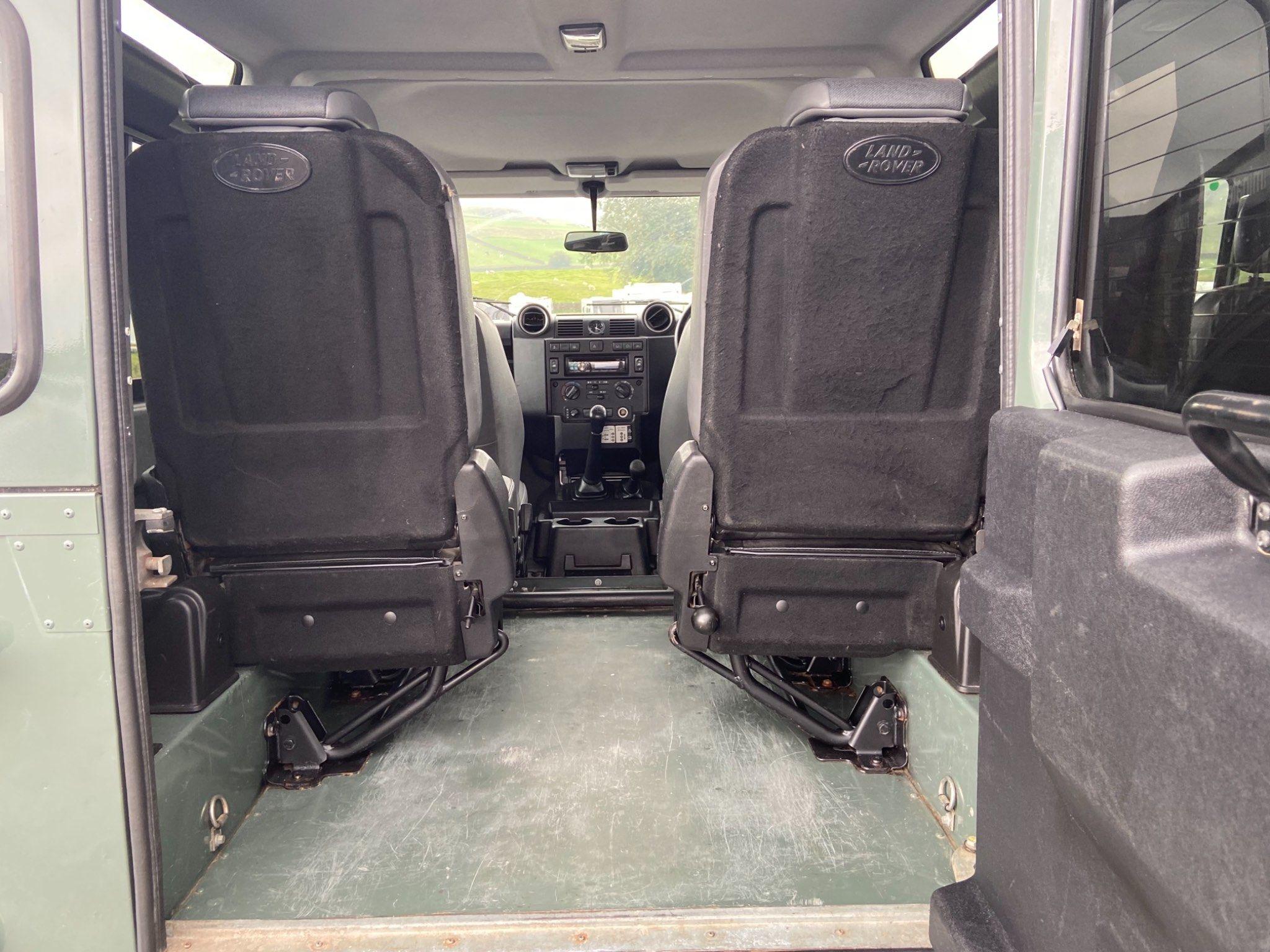 Land Rover Defender 90 Images