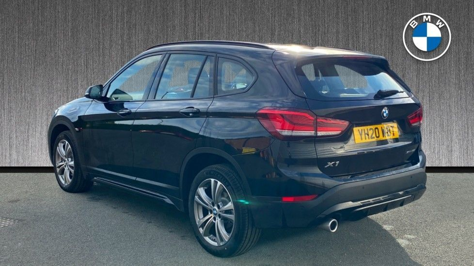 Image 2 - BMW sDrive18i Sport (YH20WBT)
