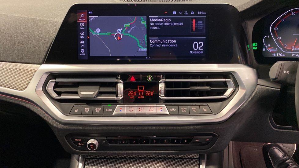 Image 5 - BMW 2.0 330i M Sport Touring Auto (s/s) 5dr (DA20OEK)