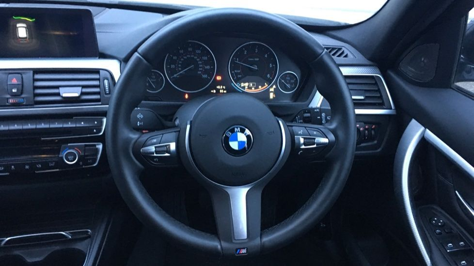 Image 29 - BMW 320d M Sport Shadow Edition Touring (YE19BKD)
