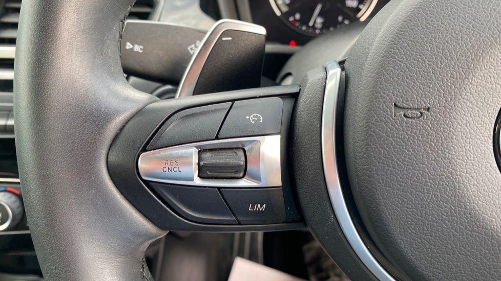 Image 17 - BMW sDrive20i M Sport (MF69HYX)