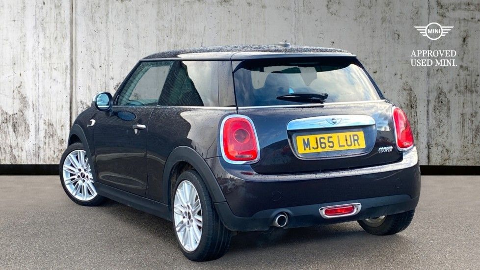 Image 2 - MINI Hatch (MJ65LUR)