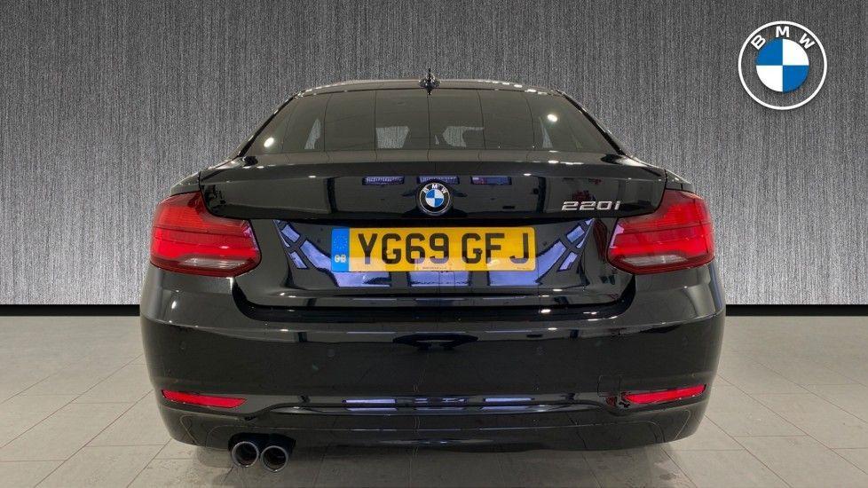 Image 15 - BMW 220i Sport Coupe (YG69GFJ)