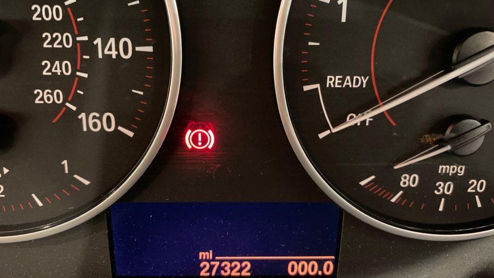 Image 8 - BMW 118i Sport 3-Door (LT17KBV)