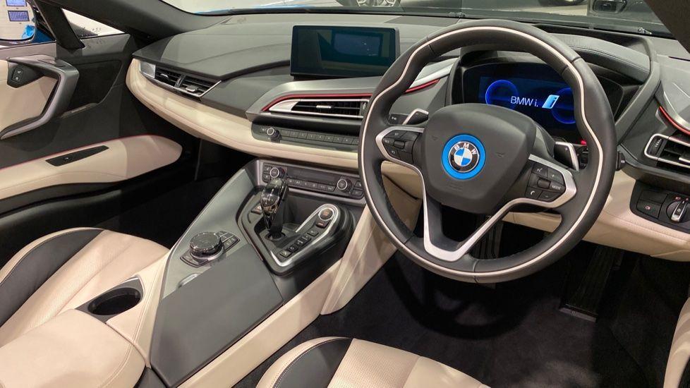 Image 4 - BMW Roadster (YA20HRU)