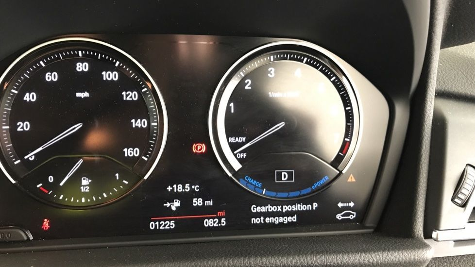 Image 9 - BMW 225xe iPerformance Sport Active Tourer (YL69UWK)