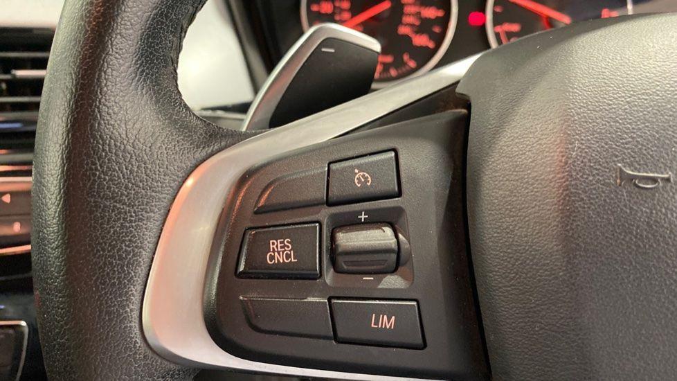 Image 7 - BMW xDrive18d SE (LR67YKY)
