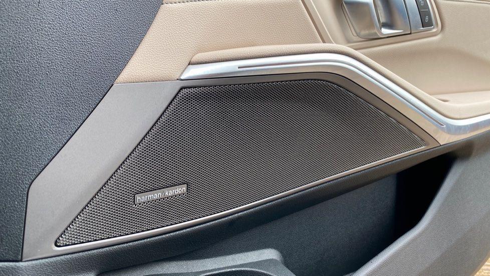 Image 17 - BMW 320d M Sport Pro Edition Saloon (MA20HPF)