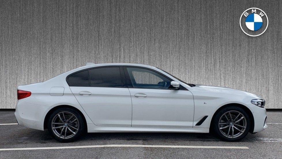 Image 3 - BMW 520d xDrive M Sport Saloon (SE19ZXV)