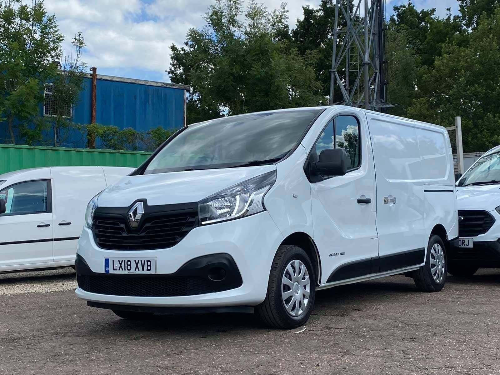 Renault Trafic 1.6 dCi ENERGY 27 Business+ SWB Standard Roof EU6 (s/s) 5dr