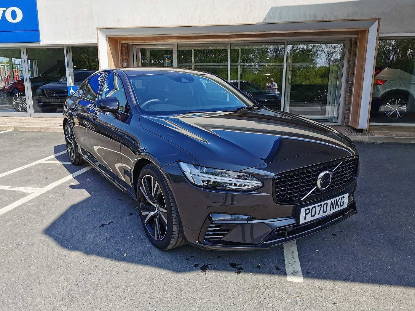 Volvo S90 Recharge T8 Plug-in hybrid AWD R-Design Automatic