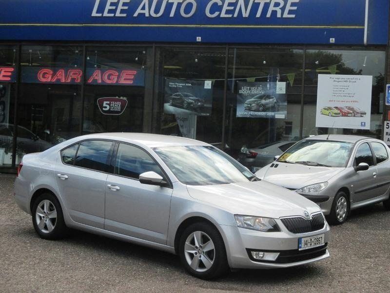 Skoda Octavia AMBITION 1.6 TDI 105HP 4DR, €180 R.Tax, Lift Back