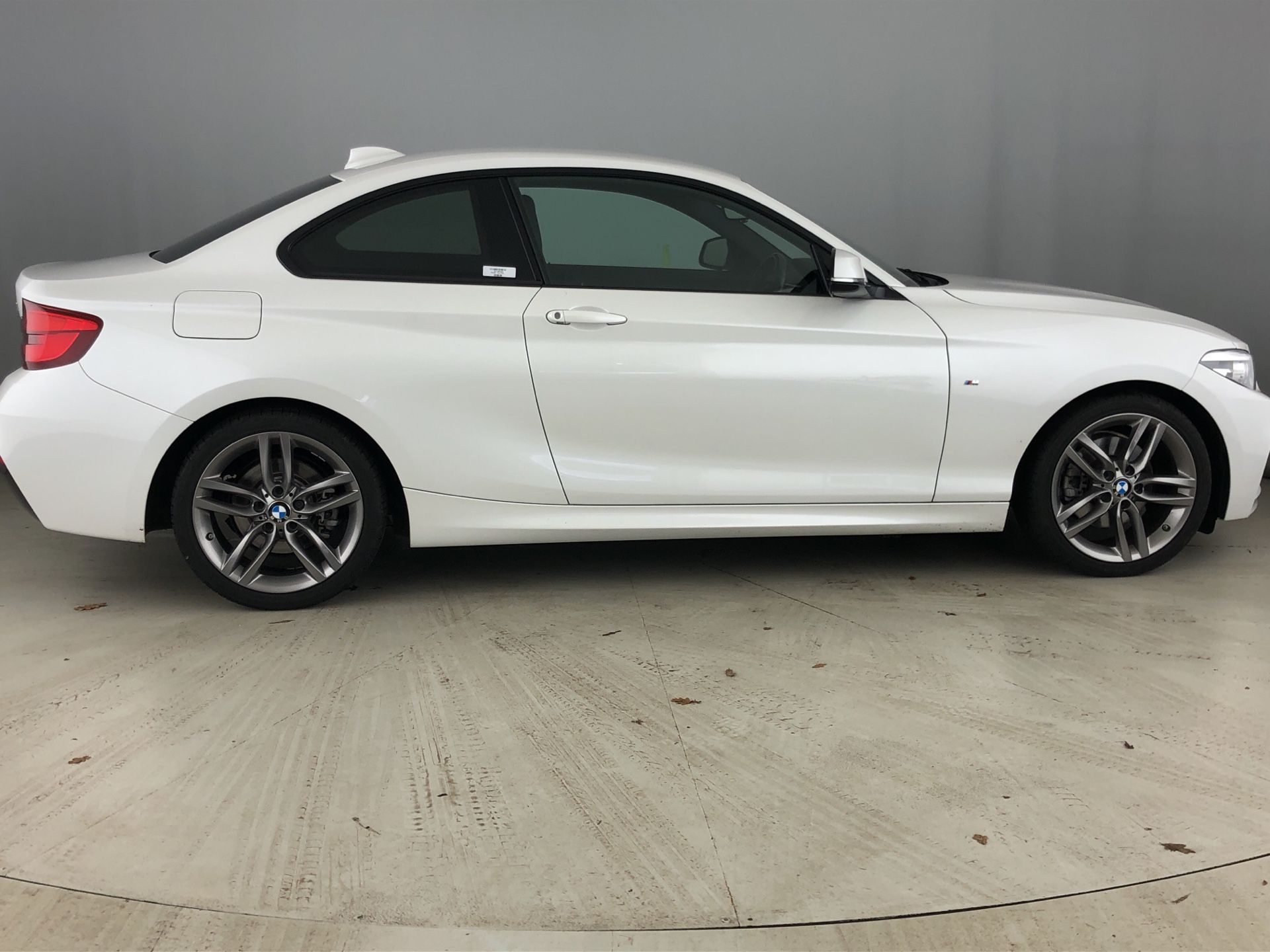 Image 3 - BMW 220d M Sport Coupe (YD68AMF)