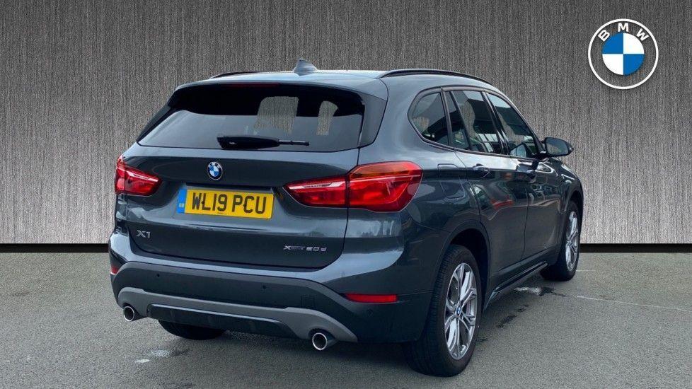 Image 2 - BMW xDrive20d Sport (WL19PCU)