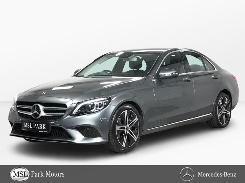 Mercedes-Benz C-Class 220d Automatic - Reversing Camera - Leather Interior - Cruise Control - Climate Control - Heated Seats - Sat Nav