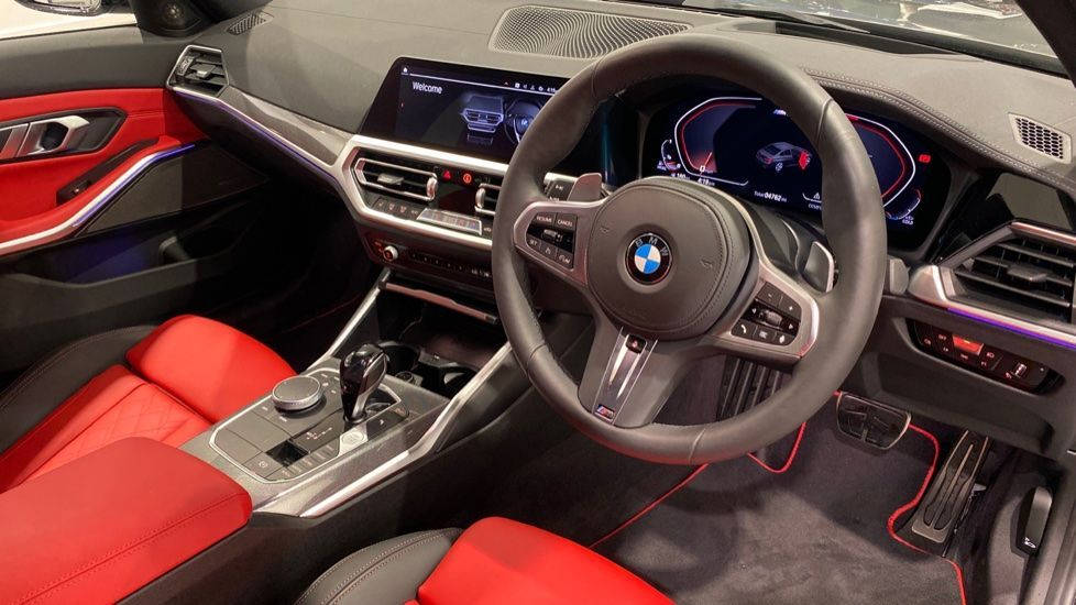 Image 4 - BMW M340d xDrive Saloon (DA20USW)