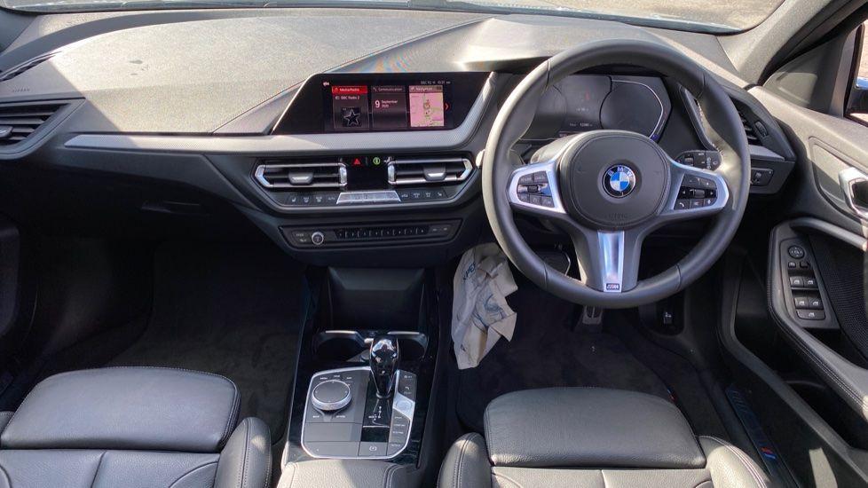Image 4 - BMW 118i M Sport (YB69VFJ)