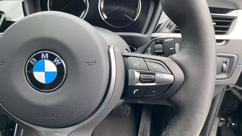 Image 18 - BMW xDrive25e M Sport (MJ20MWM)