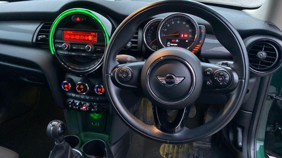Image 5 - MINI Hatch (WD16VGX)