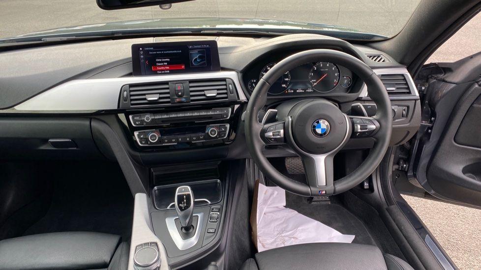 Image 4 - BMW 420i xDrive M Sport Coupe Auto (YG20JUF)