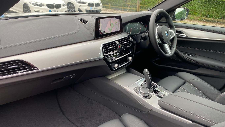 Image 5 - BMW 520d M Sport Saloon (MT20HJO)